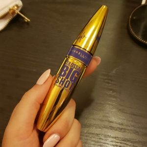Maybelline x shayla purple mascara